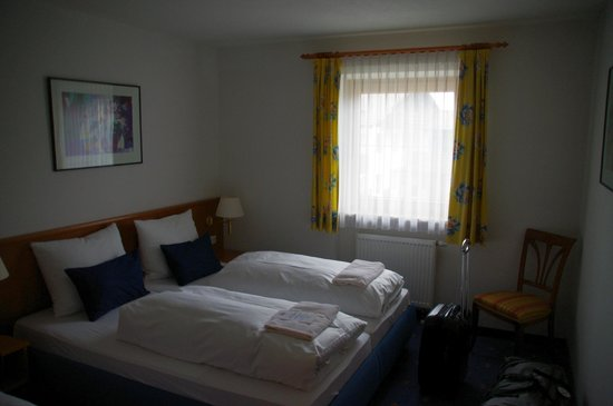 Hotel Maximilian: Bedroom