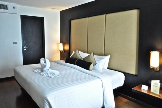 SilQ Bangkok: King Bed