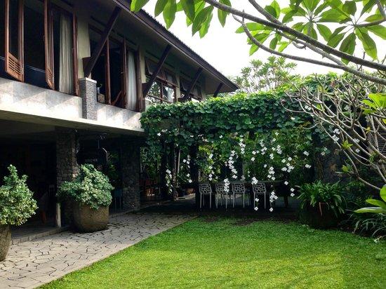 Rumah Batu Villa & Spa: Lobby@Spa