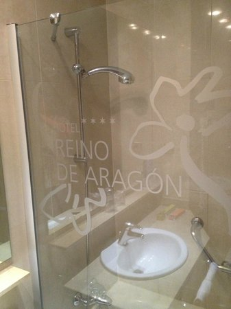 Silken Reino de Aragon Hotel : ***