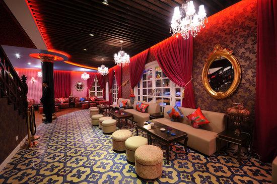 Shanghai Rose Bar