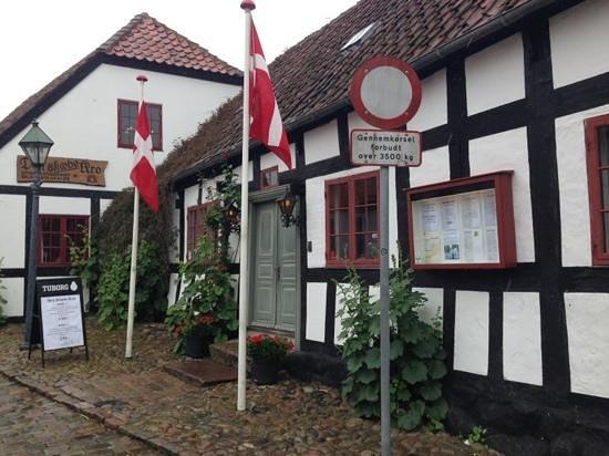 Den Skæve Kro, Ebeltoft - Restaurantanmeldelser - TripAdvisor