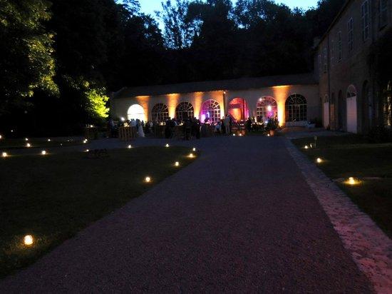 La Cimentelle: Orangerie mariage de nuit