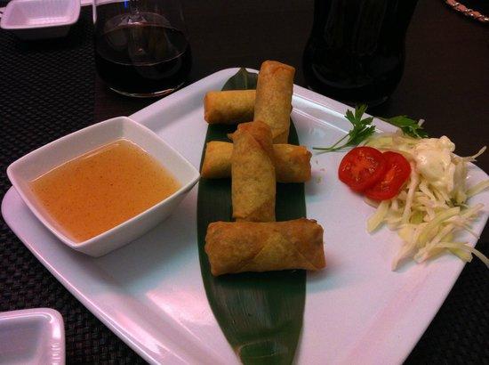 Toshi: involtini con gamberi e verdure