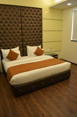 Hotel Metro View: Premium Room