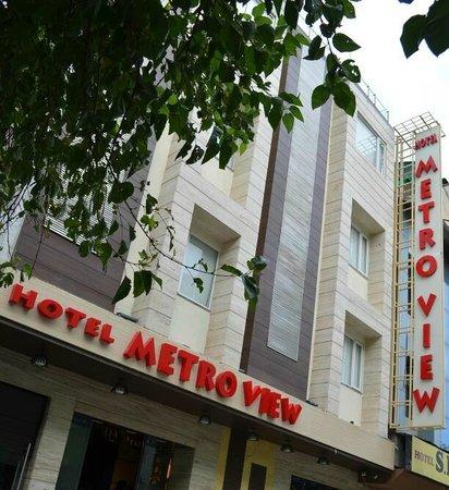 Hotel Metro View: Hotel Exterior