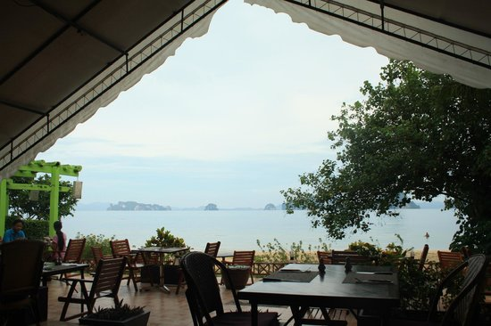 Tup Kaek Sunset Beach Resort: view from restaurant