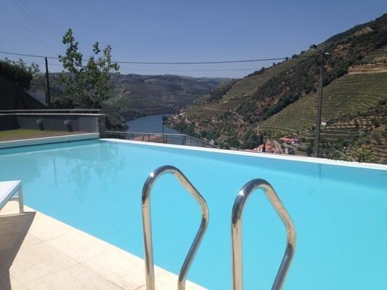 LBV House Hotel: piscina