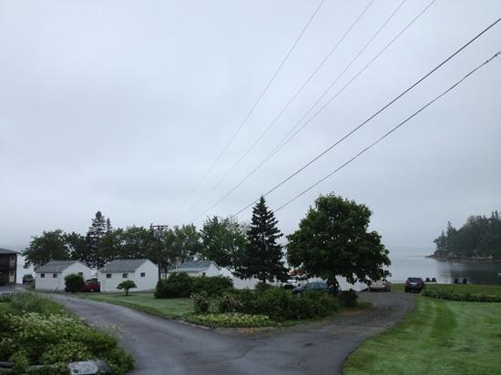 Edgewater Motel & Cottages: Add a caption