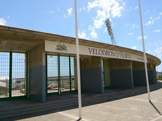 Velódromo de Horta (Velòdrom d'Horta): Exterior del velodromo