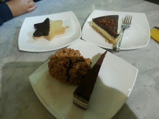 L'Incontro: le delizie... Biscotto di Pasta Frolla,  Brisolona,  Brutto ma Buono e Panpepato