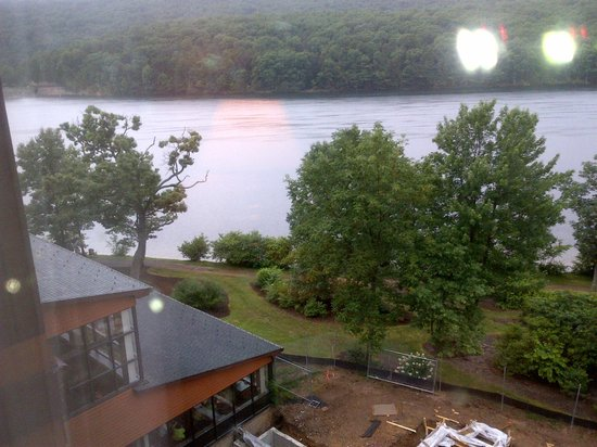 Rocky Gap Casino Resort: Lake photo from  room