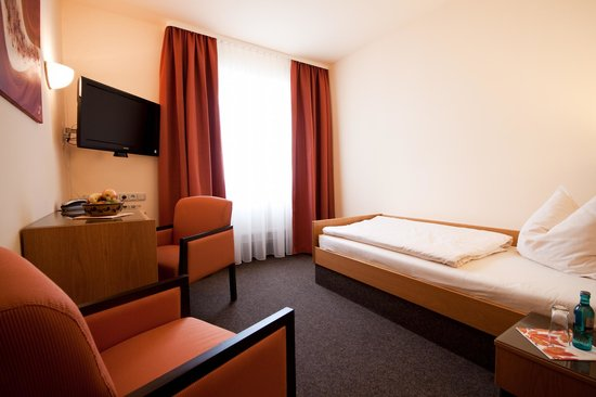 TaunusTagungsHotel : Einzelzimmer Standard