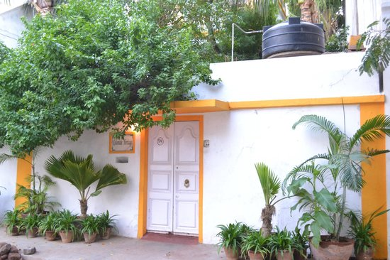 Coloniale Heritage Guesthouse: Entrance