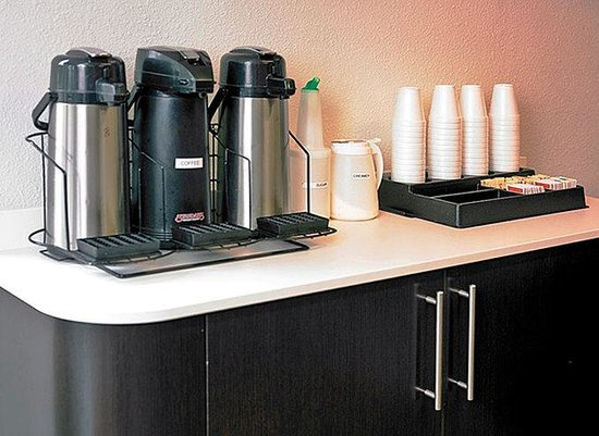 Motel 6 Seattle Sea-Tac Airport South: MCoffee
