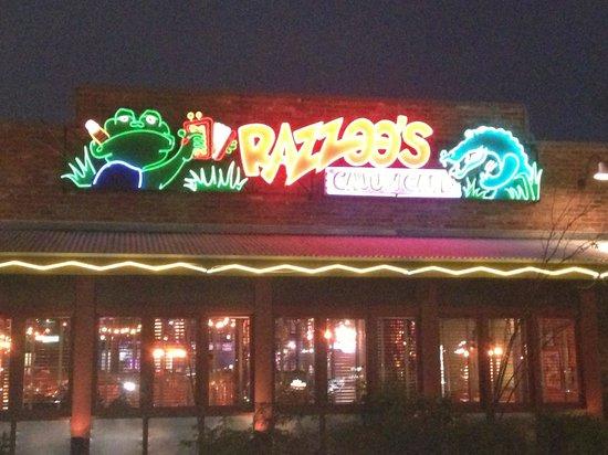 Razzoo's Cajun Cafe: Geaux get some crawfish tails!