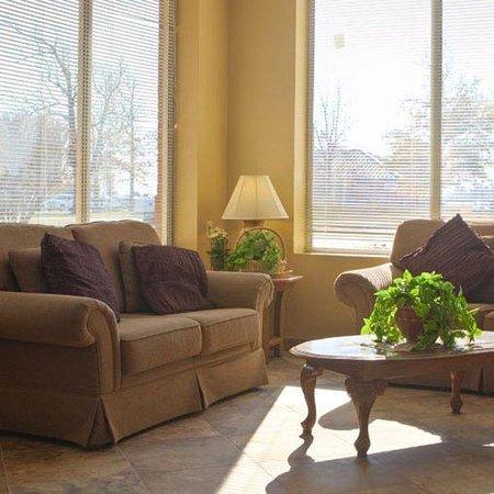 Fairview Inn and Suites: Fairview Inn -Suites Jonesboro ARLobby