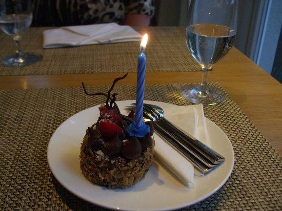 Riva: Birthday cake