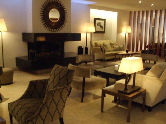Riva: Restaurant lounge