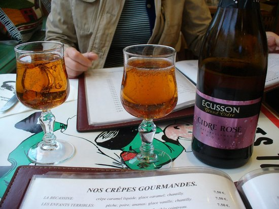 Les enfants terribles: Cidre-ecusson.com, produce of Normandy - goes well with the sweet crepes.