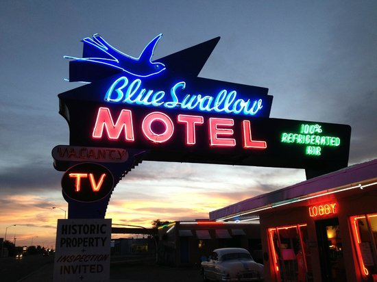 Blue Swallow Motel : The unique Blue Swallow vintage neon sign