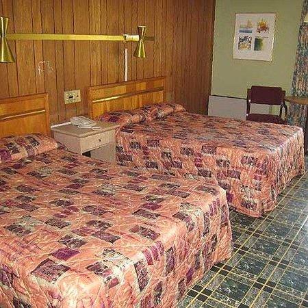 Sunset Inn Manning Room