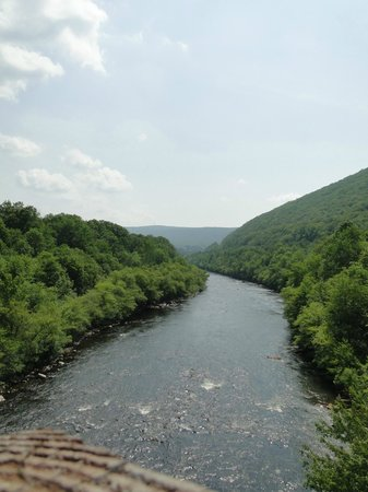 Angel of the Morning Bed and Breakfast: Lehigh River