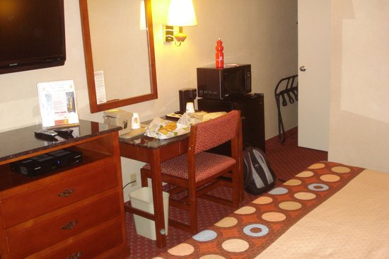 Super 8 North Bergen NJ/NYC Area: Room view