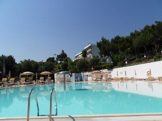 Hotel Eden Gigli: Piscina