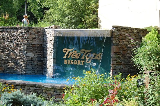 Tree Tops Resort - TEMPORARILY CLOSED: Entrance