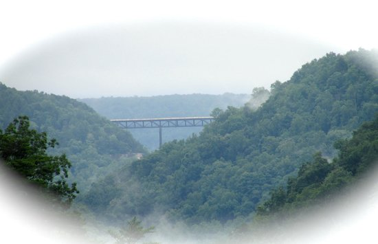 Hawks Nest State Park Lodge: New River Gorge Bridge