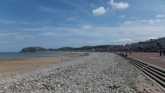 The vast sweep of the Prmenade and Beach at Llandudno as seen 3 minutes walk from the Clovelly H