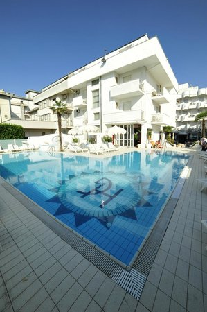 Hotel Giovanella : The hotel
