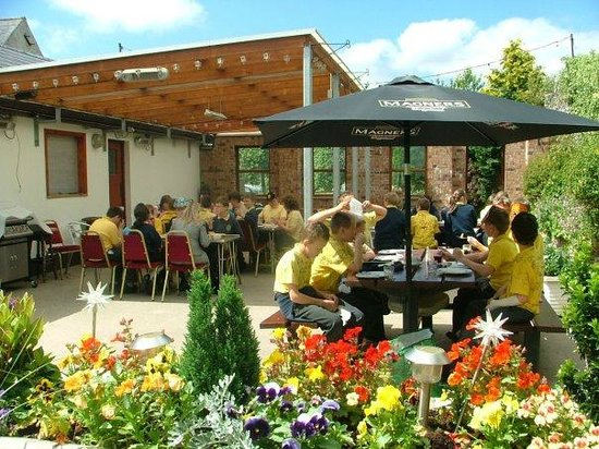 The Derg Arms: Courtyard for BBQ's and family area