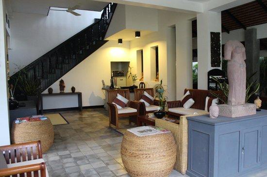 Landing Point Villa: Lobby