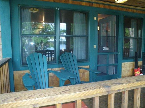 Prospect Point Cottages - Blue Mountain Lake: Front porch