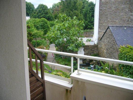 L'Auberge Hotel : la petite terrasse de la chambre