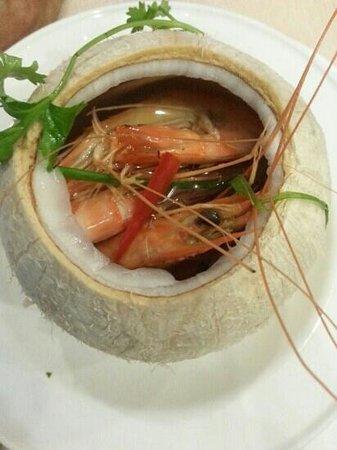 Halal Saigon: steamed prawns in coconut