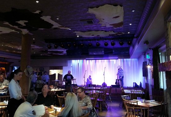 Ranch and Reata Road House : Interior - stage with live music