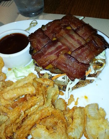 Ranch and Reata Road House : Bacon Burger with Rings