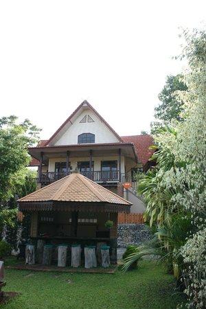 Viang Yonok Hotel, Restaurant, Sports Club: Poolbar