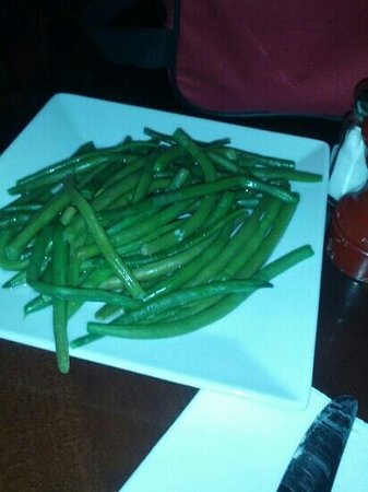 Aux 100 Kilos : My side order of delicious French green beans!