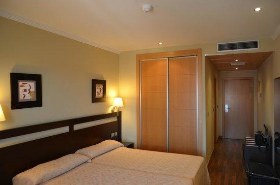 Hotel Bahia de Almunecar: Habitación confortable