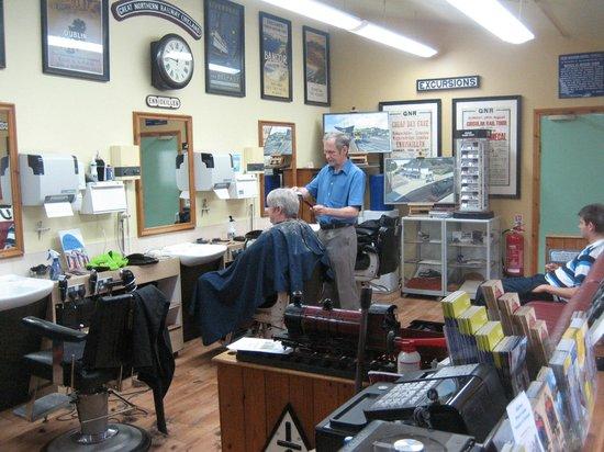 Barber Shop Bangor : ... de Headhunters Barber Shop & Railway Museum, Enniskillen - TripAdvisor