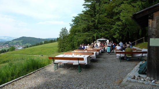Haubers Alpenresort Hotel: Wenn das Wetter es zulaesst, wird am Berg gefruehstueckt