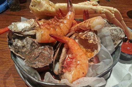 Folly Beach Crab Shack: A Bucket of Crab, Dirty Oysters, Shrimp and Other Stuff
