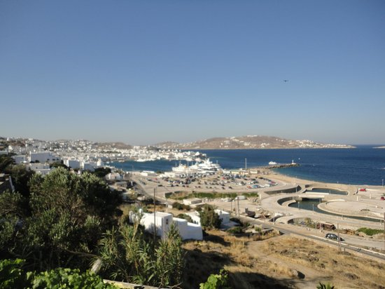 Omiros Hotel: View of the town