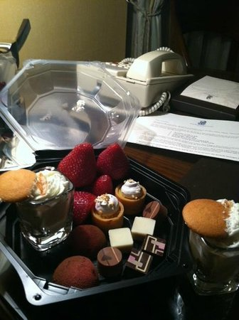The Ritz-Carlton, Atlanta: Our surprise from the Club Lounge
