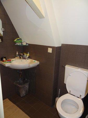 Sunhead of 1617 : Bathroom