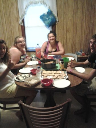 "How often to six teenage friends sit down for a ""family"" dinner? Happened at Sunflower Motel!"